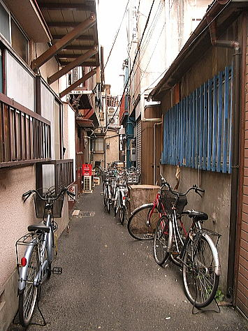 Yokohamachinaroji4