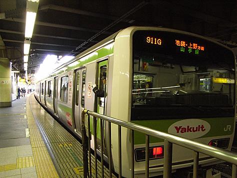 1103_shinjuku1_1